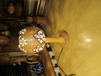 Lampy z tykwy